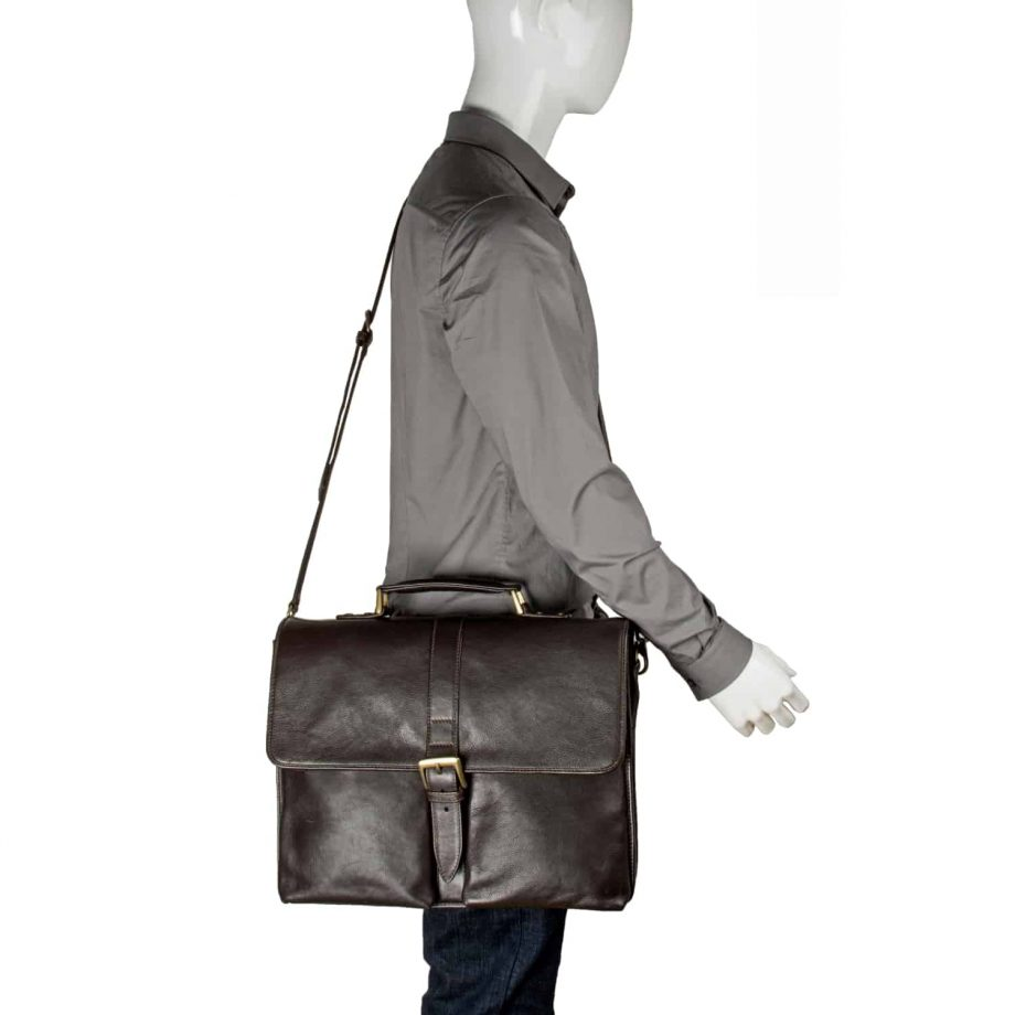 Aberdeen brown classic leather briefcase on the shoulder
