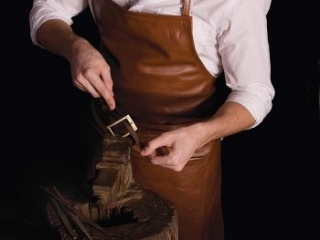 handmade crafting of belt buckles