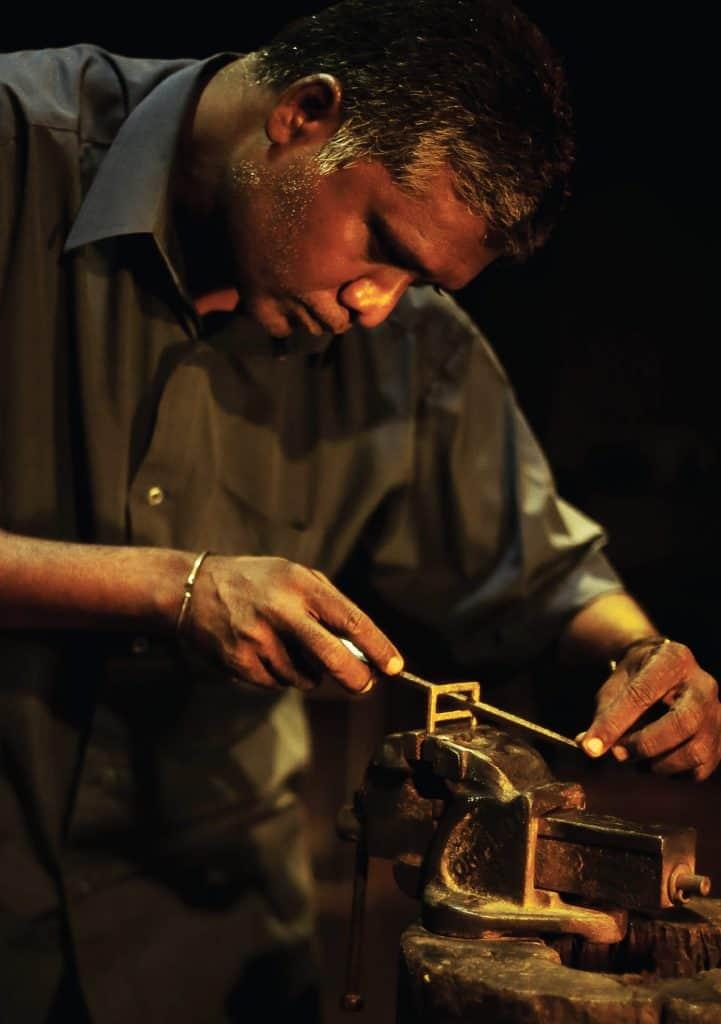 crafting of belt buckles handmade