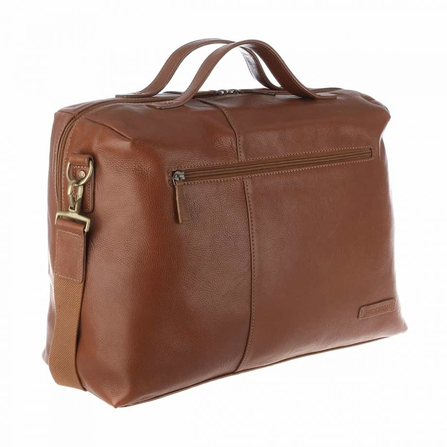 3-4 view with the strap of Fitch 03 Tan leather holdall bag