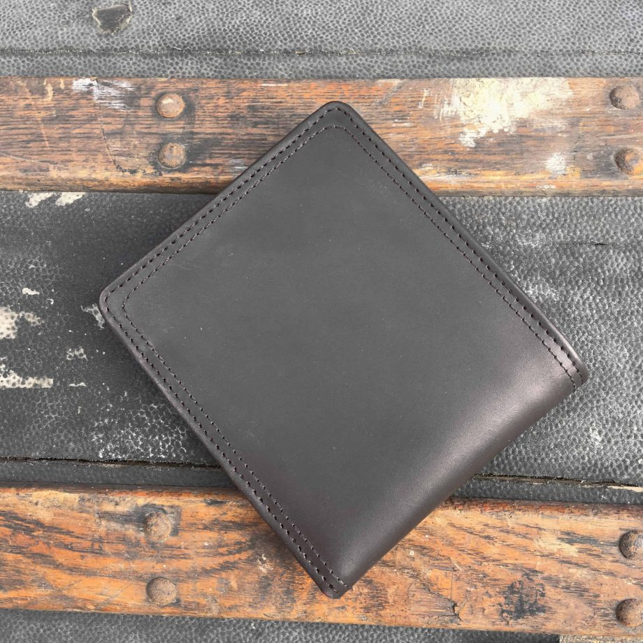 Mixed smooth and matt vegetable tanned leather black hip wallet