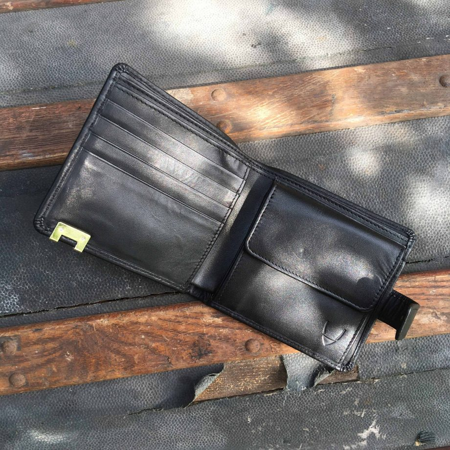 Picture of the inside of the black vegetable tanned leather hip wallet