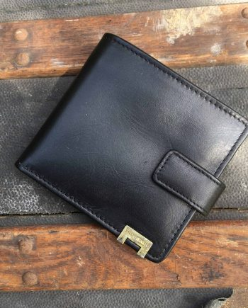front view of black vegetable tanned leather hip wallet